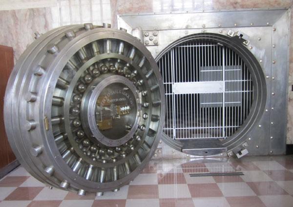deco bank