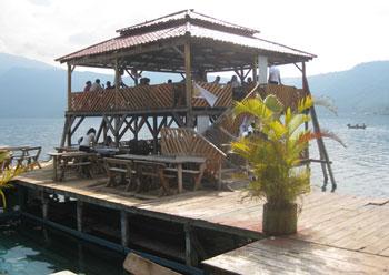 Coatepeque restaurant