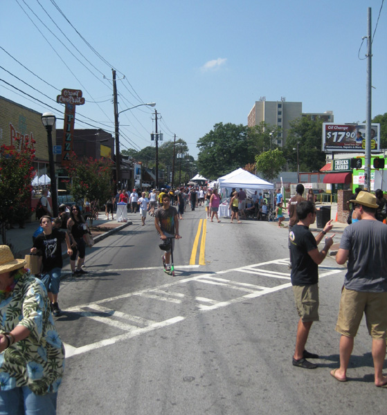 Strut streets